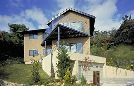 パノラマ眺望とリゾート気分を味わう家