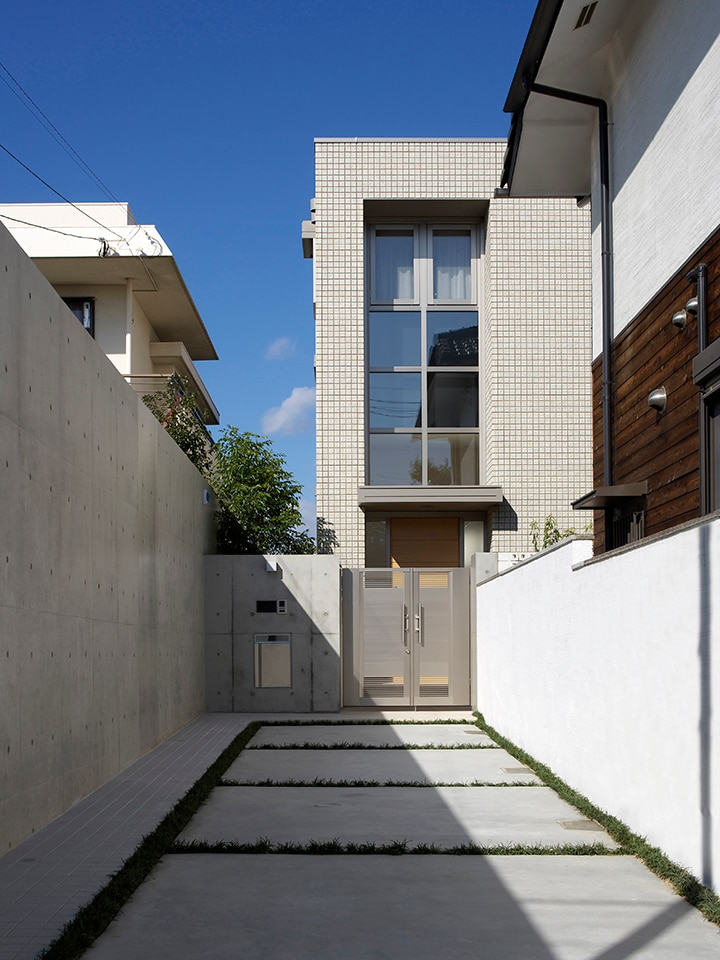 Alley-CURTAIN WALL-:外観