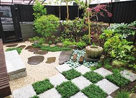「和の風情」を演出する、樹木と石のレイアウトデザイン術