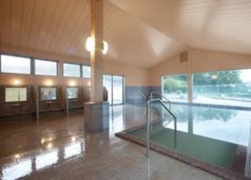 既存の露天風呂と一体となった内風呂を増築。「ピンクリボンのお宿ネットワーク」にも加盟