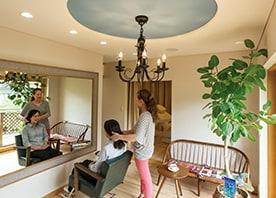 元のお部屋を包むように 床・壁・天井を追加して生まれた新空間