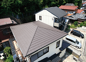 カバー工法で屋根を手軽にリフレッシュ&断熱性アップ