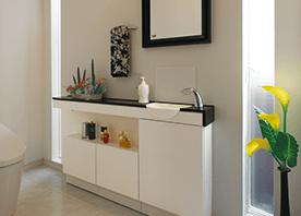 細長い空間を、トイレと靴箱にダブル活用