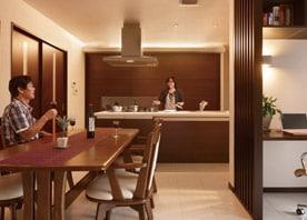 開放的なLDKと船底天井をいかした趣ある和室をデザイン