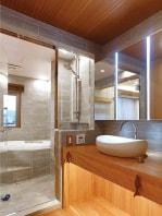 リビングと溶け合うバスルーム