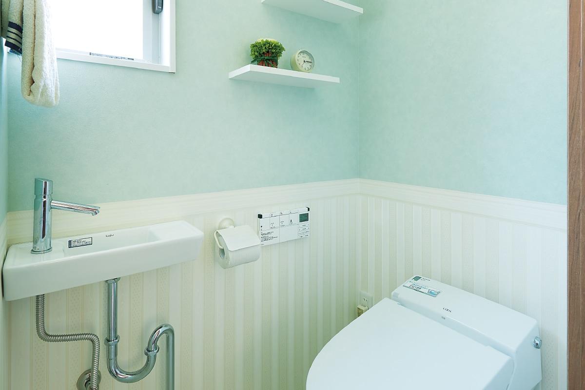 無地 柄 クロスで楽しむトイレ空間 住宅のミサワホーム