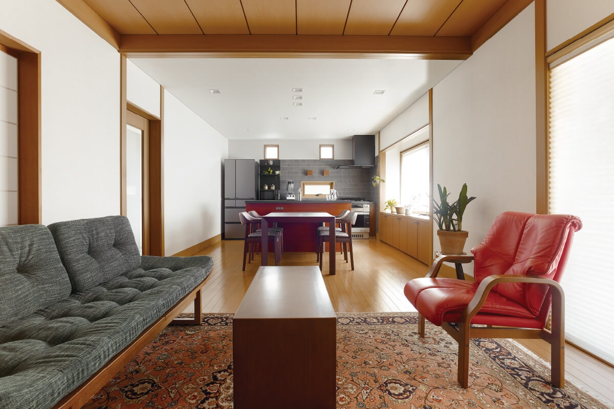 開放感あふれるクラシックモダンの住まいをデザイン。