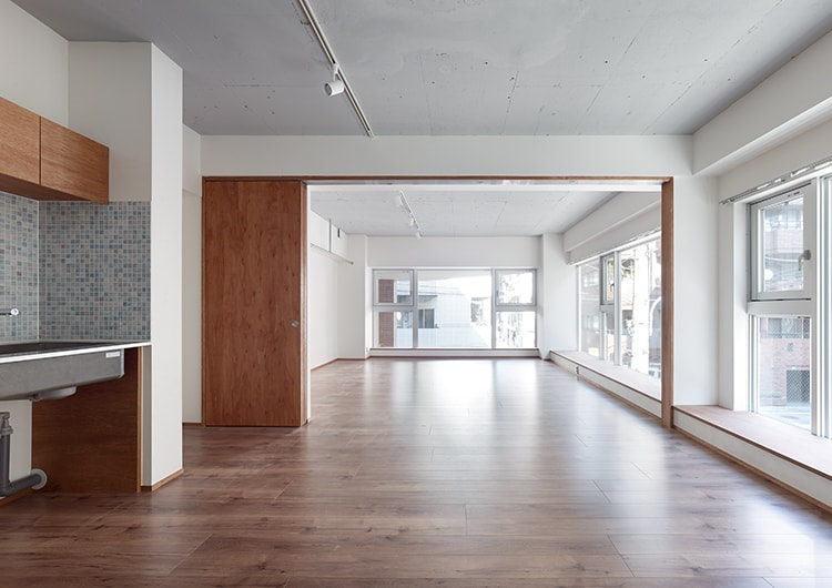室内・ビル再生:RC7階建てビルを 都市型共同住宅に用途変更(コンバージョン)しました