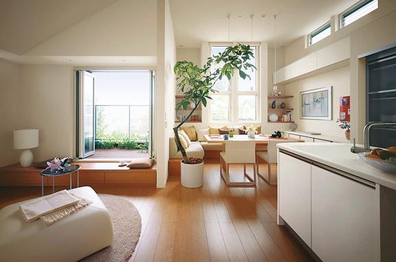 室内の空気の流れを確認して スムーズな風の通り道をつくる。